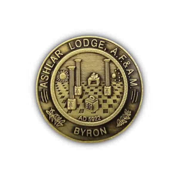 Moneda conmemorativa latón antiguo2