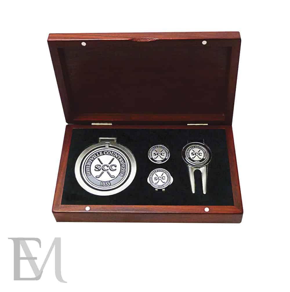 Cajas a medida para barajas y accesorios con medallón