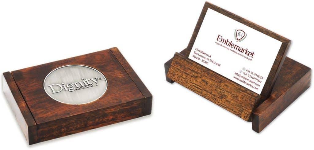 WP900---Caja-Expositor-de-Madera-paraTarjetas